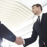 foreign-business-people-shaking-hands-640x330